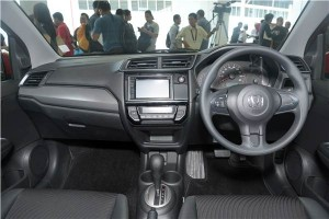 interior New Honda Mobilio RS